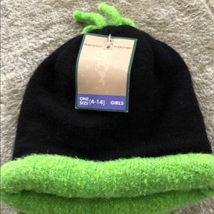 Black and green girls hat